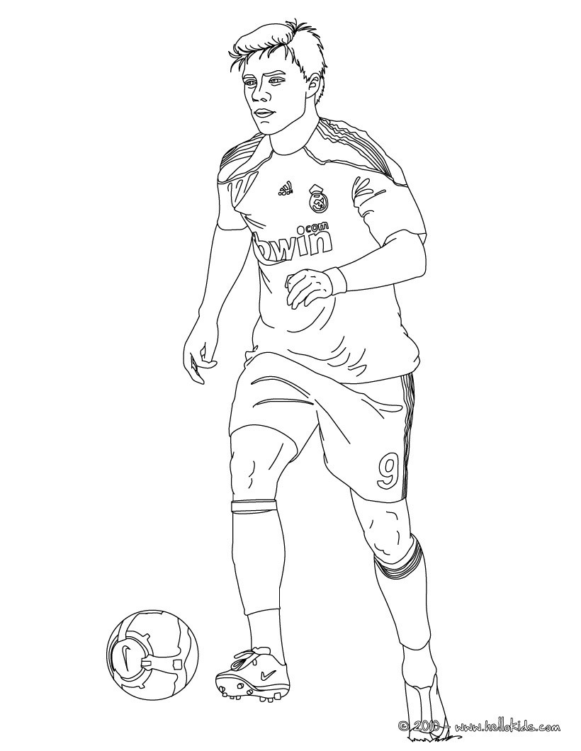 football player coloring sheet soccer player coloring pages to download and print for free coloring sheet football player