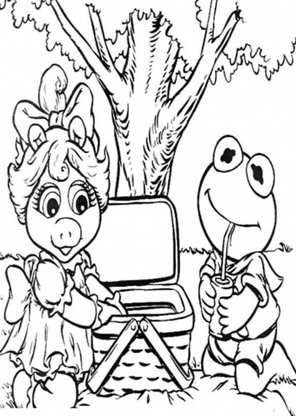miss piggy coloring pages free miss piggy coloring pages download free clip art pages piggy miss coloring
