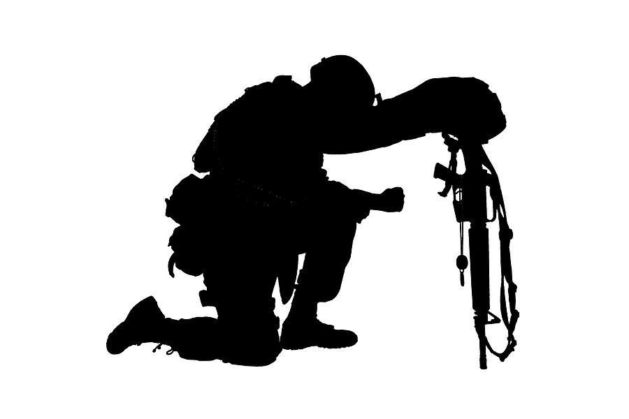 soldier praying silhouette silhouette of a soldier kneeling photograph by oleg zabielin silhouette soldier praying